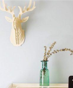 plein-de-gadget-decoration-murale-tete-de-cerf-en-bois